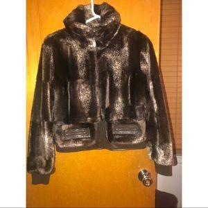 Jackets & Blazers - Fur with leather trim coat